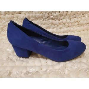 Breckelle's Faux Suede Chunky Heel Pumps - Blue
